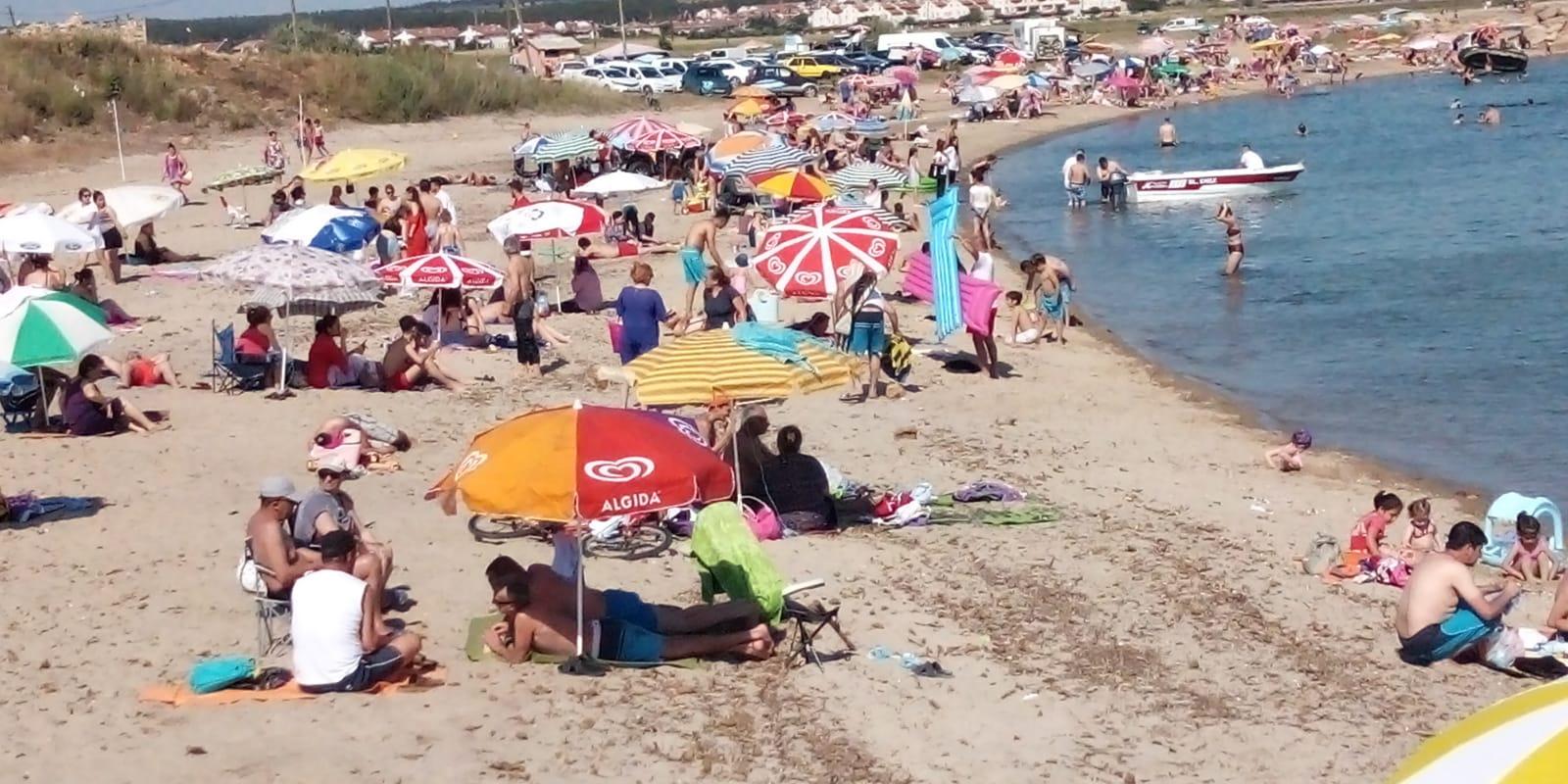 Tatilciler Enez sahillerini doldurdu