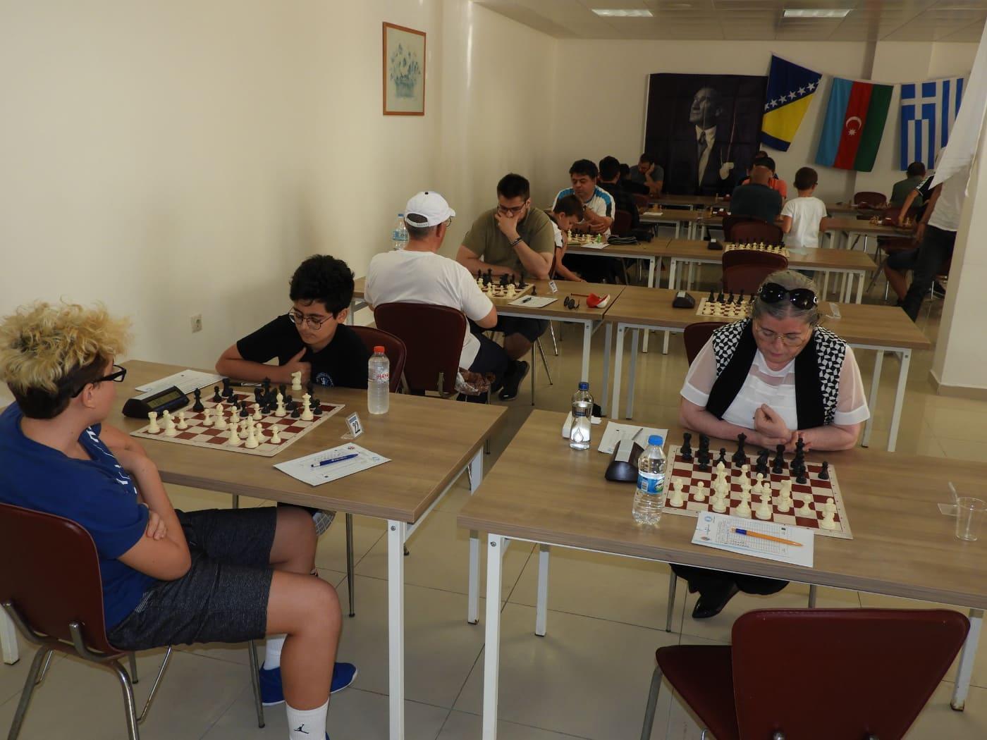 Uluslararası Santranç Turnuvası Enez'de başladı