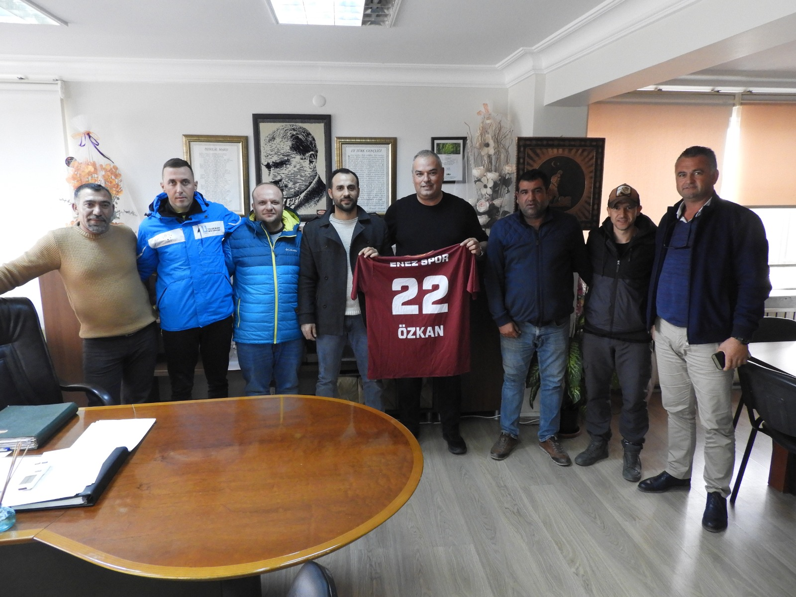 Başkan Günenç'e 22 numara Enezspor forması
